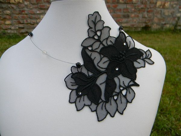 Collier mariage, dentelle noire 